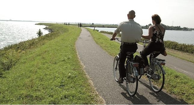 CYCLING_HOLLAND_IJSSEL_LAKE_3